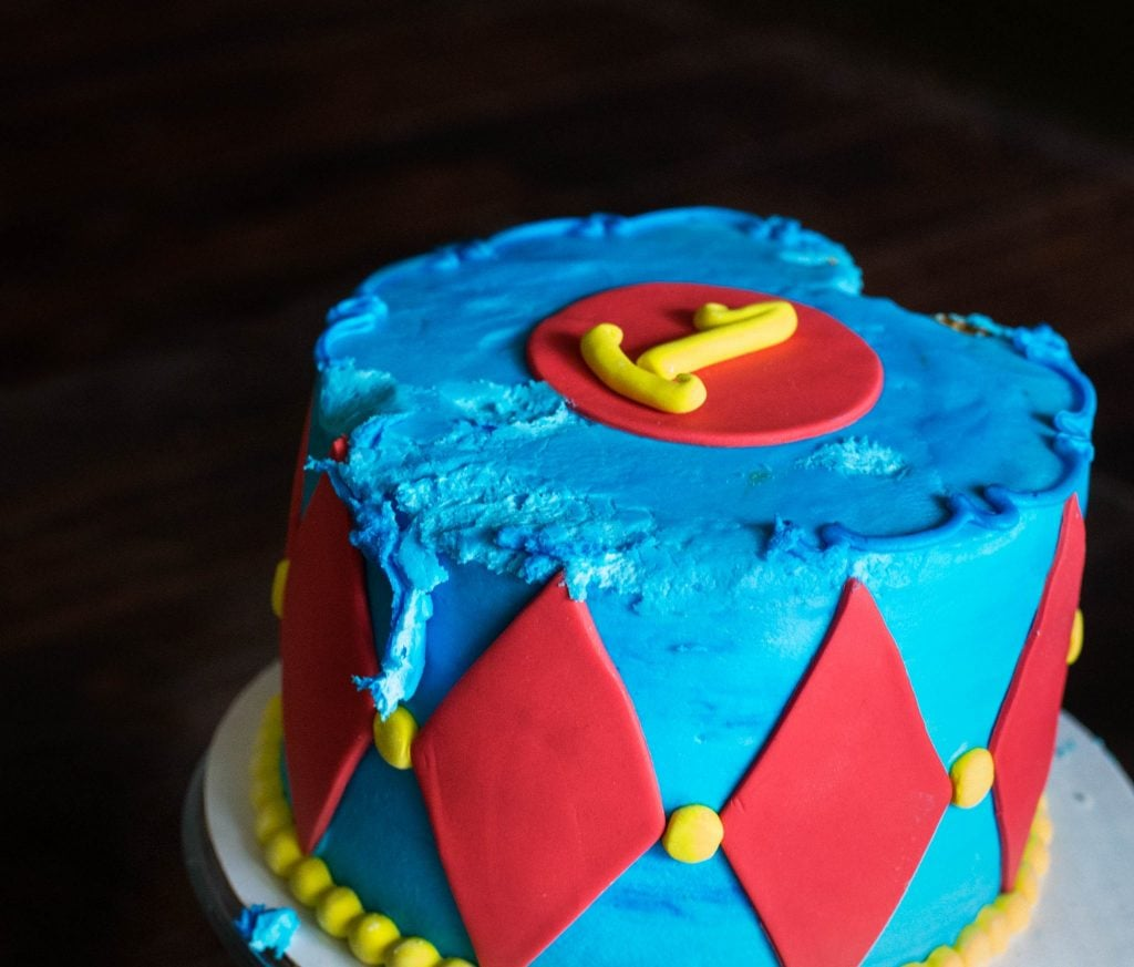 one year cake blue and red