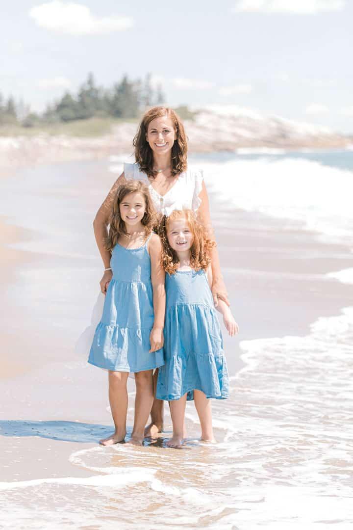 family beach photos in maine