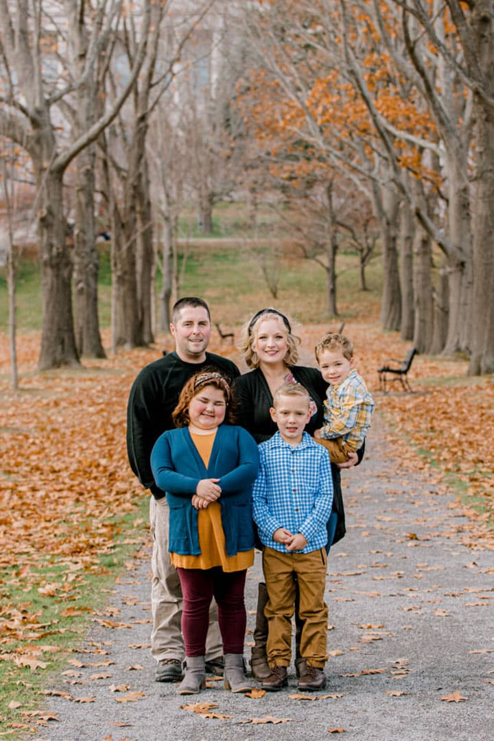 family photos in the fall in maine